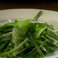 クリーミーなドレッシングの、グリーンサラダ(豆とほうれん草)